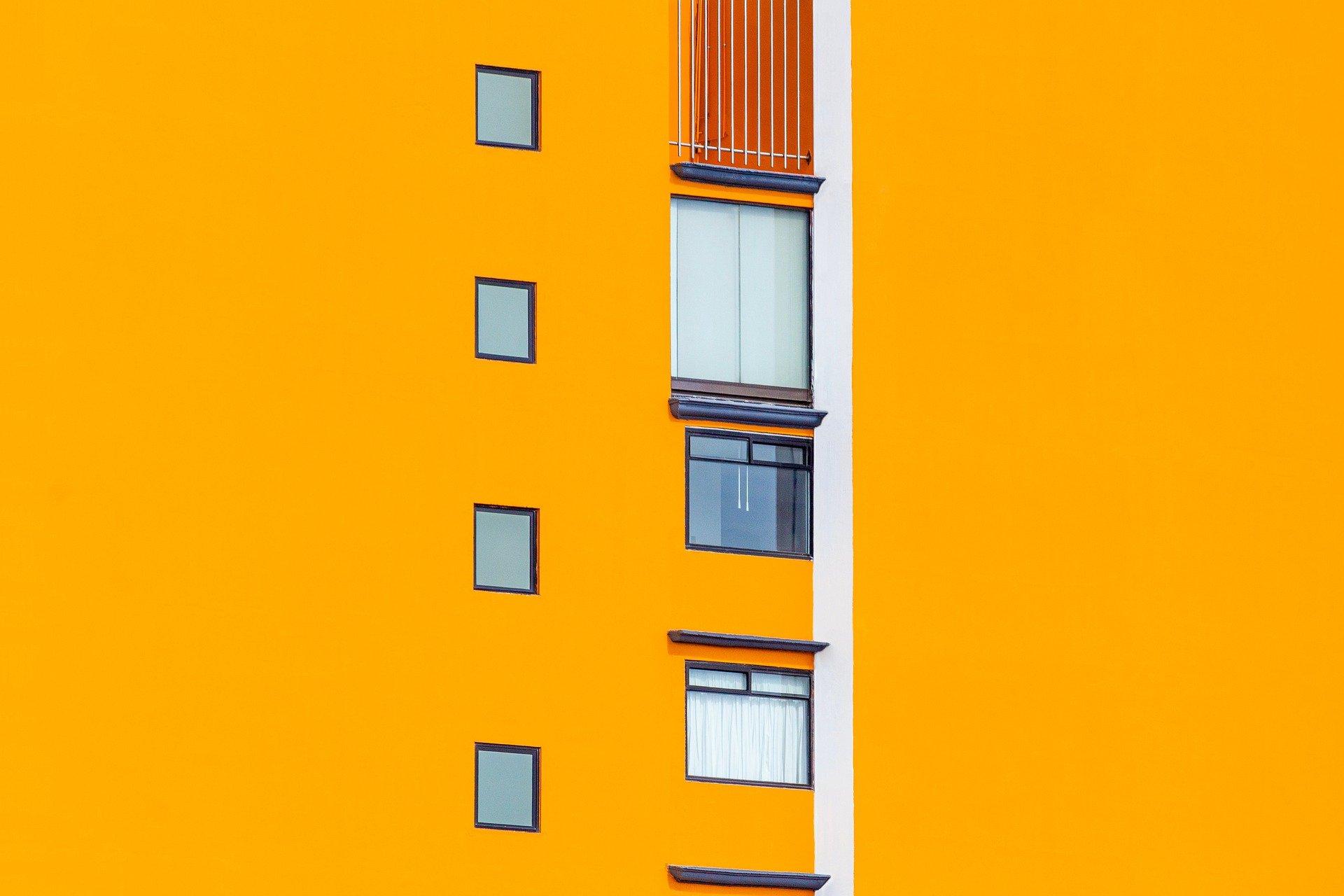 Co przyspiesza, a co opóźnia proces sprzedaży mieszkania